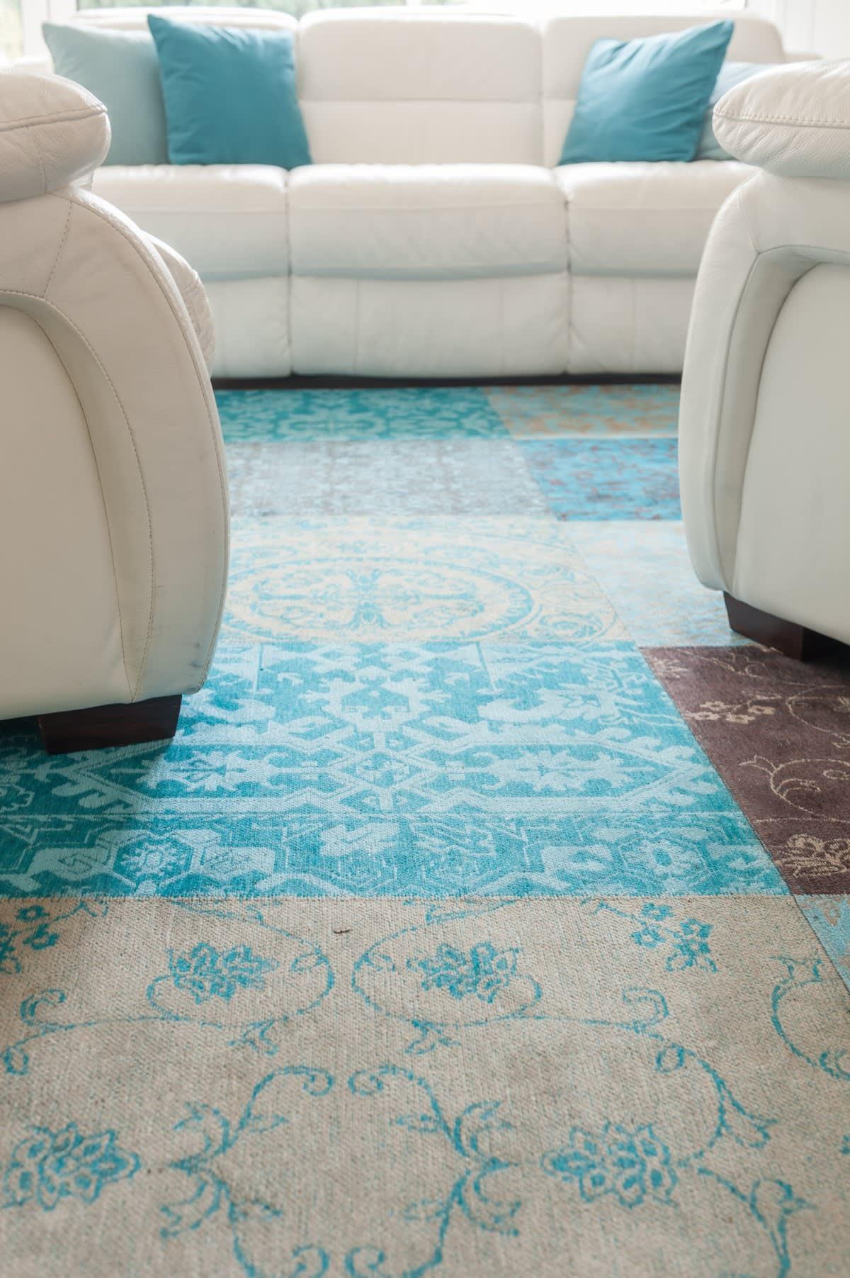 Image_text_3_un-tapis-sur-mesure-pour-coordonner-salon-et-descente-descalier
