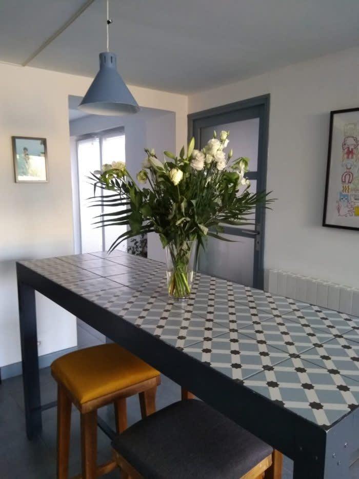 carrousel_1_une-table-diy-en-carreaux-de-ciment