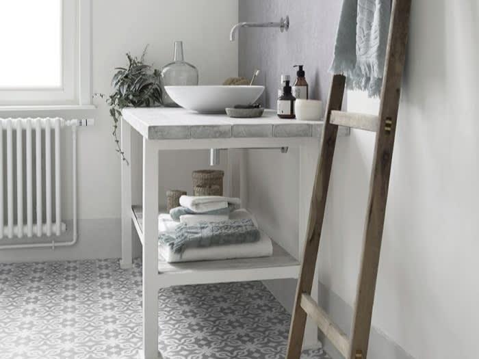 Image_text_bathroom_histoire-de-maison-3-une-deco-a-lesprit-vintage-moderne