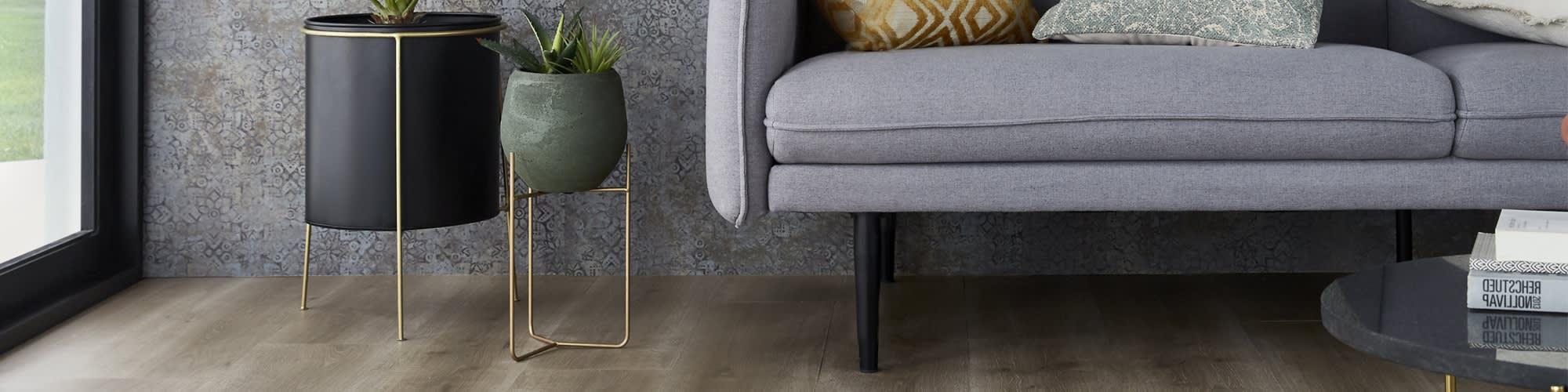 Sol minéral composite aspect bois