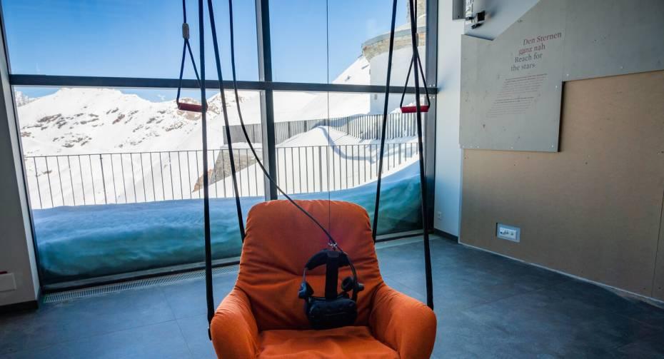 "Virtual Reality Paragliding im ""Zooom the Matterhorn"""