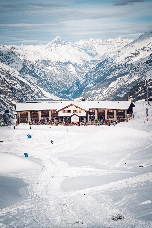 Restaurant Buffet Bar Riffelberg above Zermatt in winter