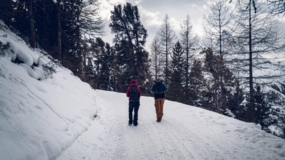 Winter hikers on the Riffelalp above Zermatt