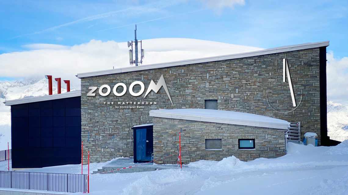 Zooom the Matterhorn - Exterior view of the building on the Gornergrat