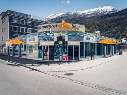 Station Zermatt Gornergrat Bahn