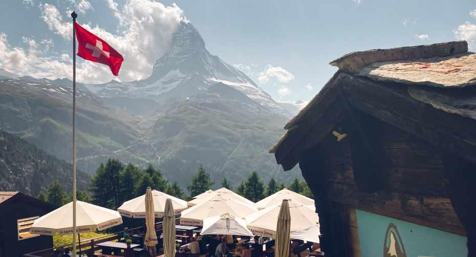 Restaurant Alphitta auf der Riffelalp im Sommer