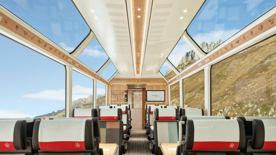 Glacier Express Innenraum im Sommer