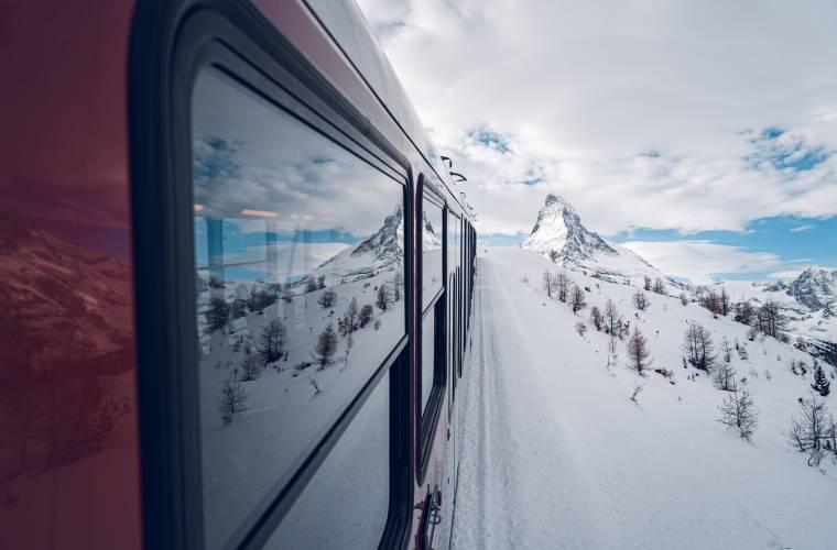Ride with the Gornergrat Bahn in winter