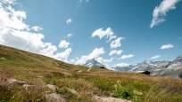 Hiking trail to the Riffelberg Chapel