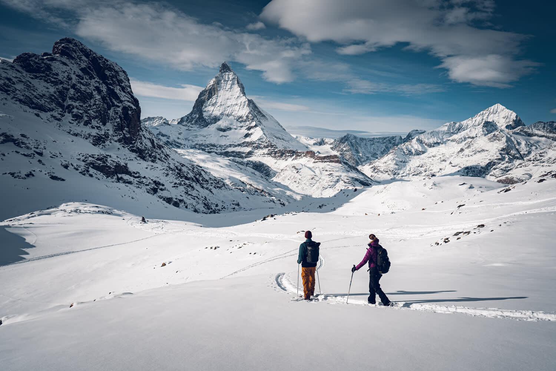 """Tour de raquettes """"panorama trail"""" entre Rotenboden et Riffelberg au Gornergrat au-dessus de Zermatt"""