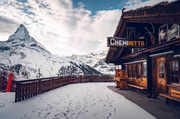 Restaurant Chämi Hitta sur l'alpage de Riffel au-dessus de Zermatt