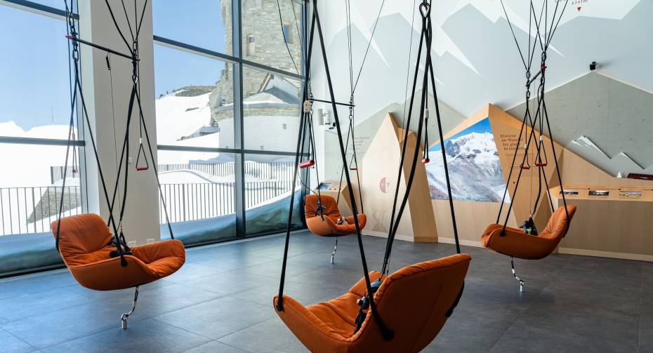 Parapente virtuelle à l'exposition Zooom the Matterhorn
