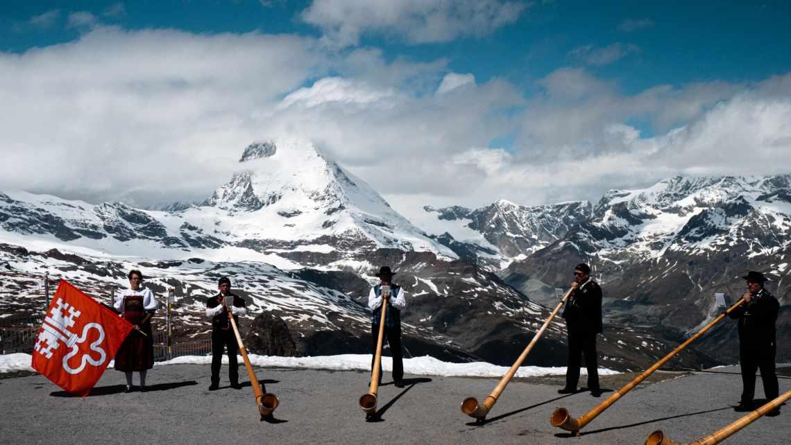 Cor des Alpes au Gornergrat au-dessus de Zermatt en été