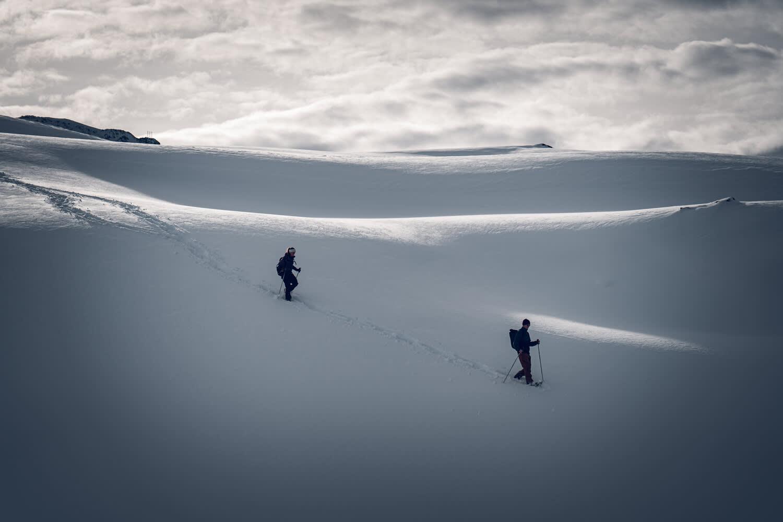 Schneeschuhwandern am auf dem Panorama Trail von Rotenboden nach Riffelberg