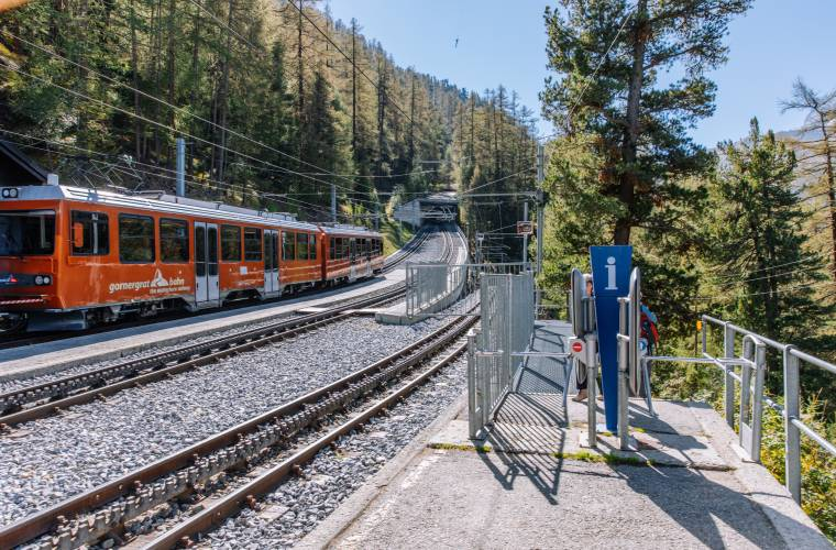 Findelbach station in summer