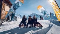 Start der Schlittelpiste Rotenboden auf dem Gornergrat. Höchstgelegene Schlittelpiste der Alpen