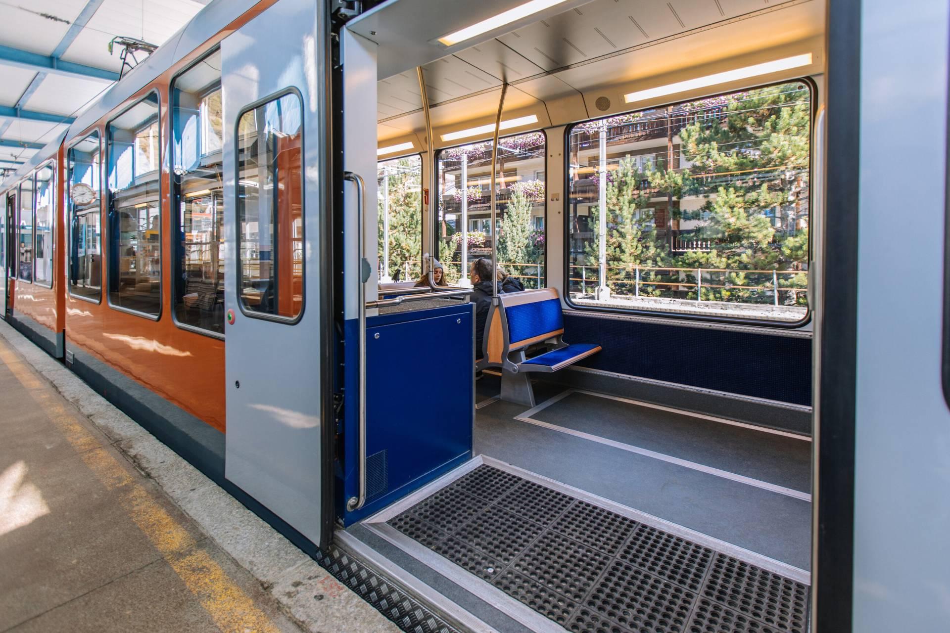 Innenraum der Gornergrat Bahn