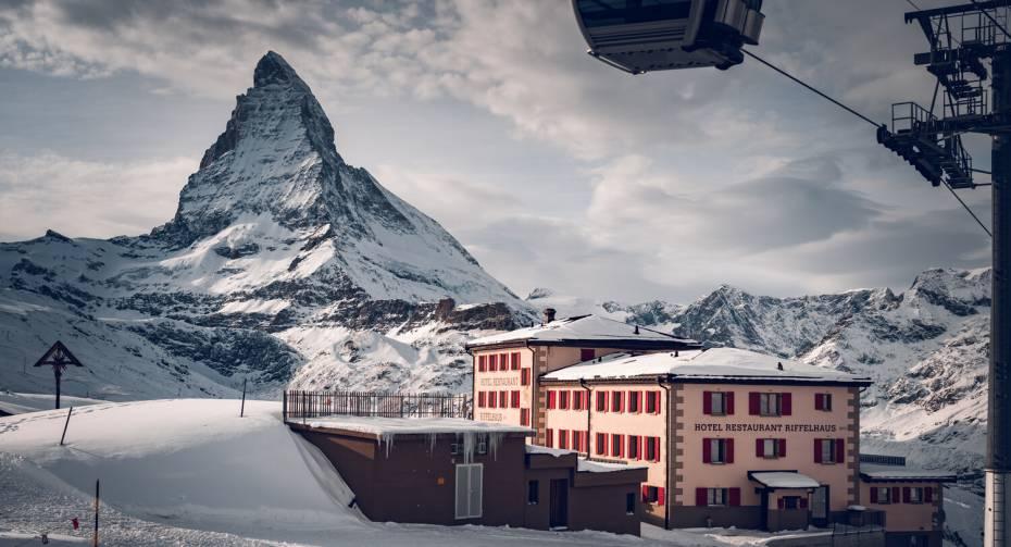 Hotel Restaurant Riffelhaus in winter
