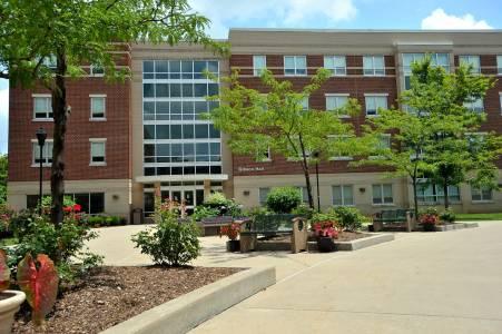 马歇尔大学Gibson公寓
