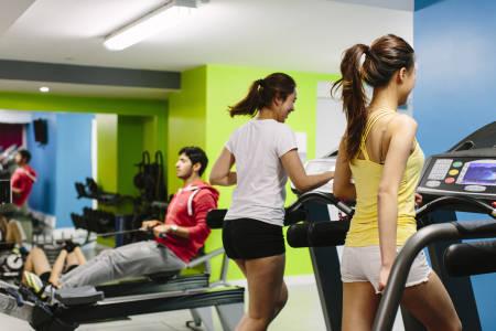 估计学生在使用Liberty Heights的健身房
