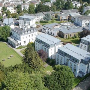 英国格鲁斯特大学
