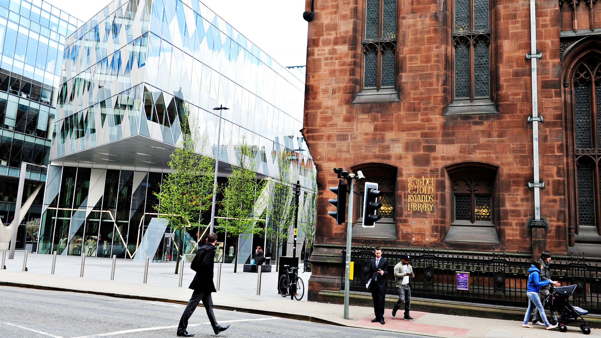 Historic and modern building on the University of Manchester campus