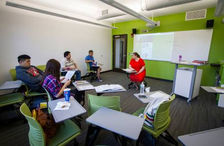 Group and individual tutoring at Drew University