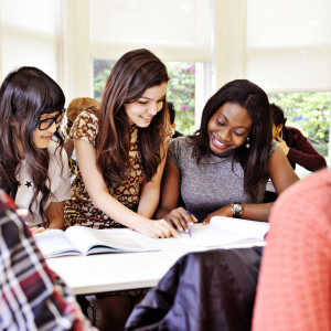 INTO International students take part in groupwork