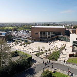 英国埃克塞特大学