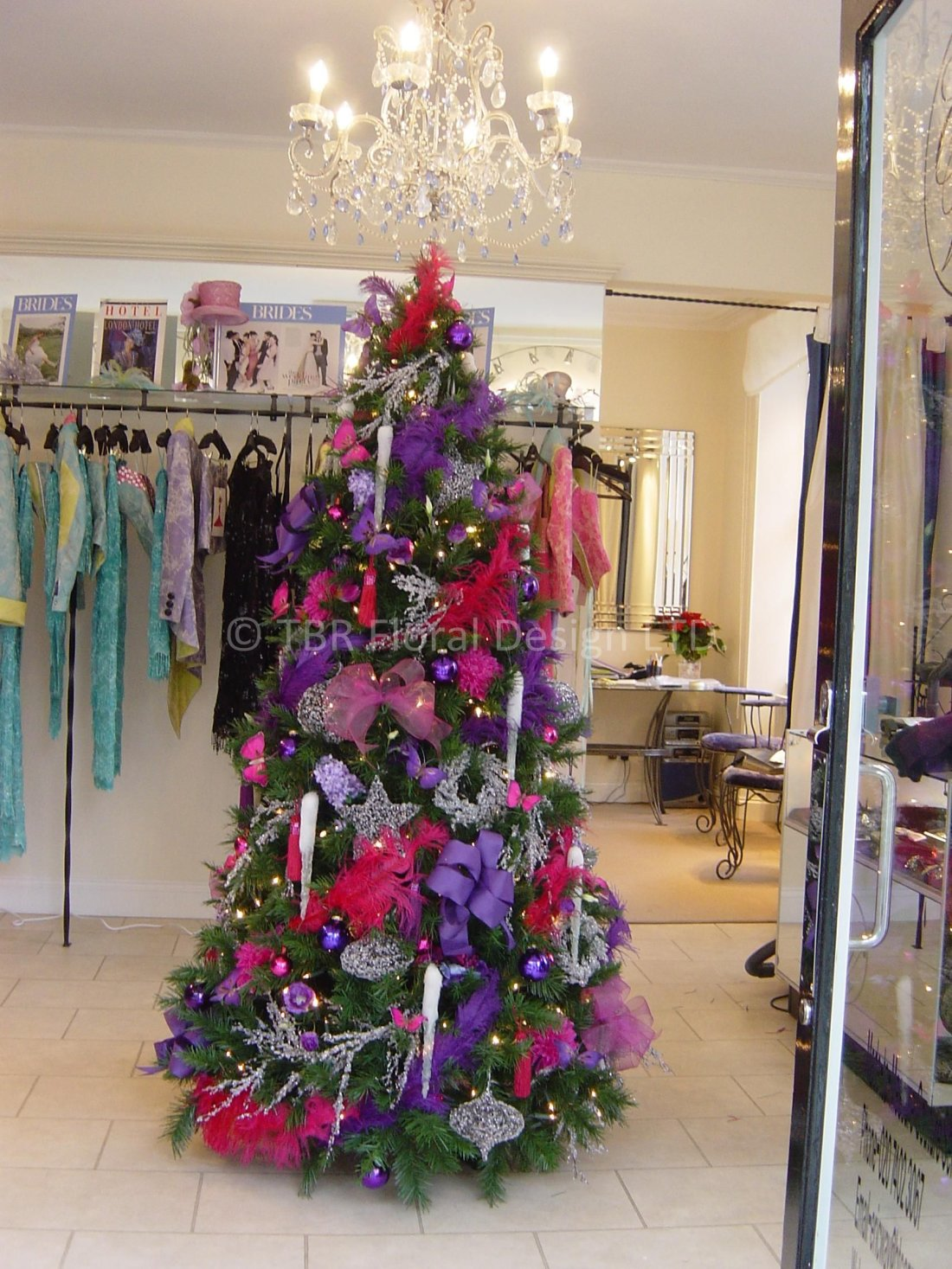 fashion-pinks-and-purple-shop-front-xmas-tree