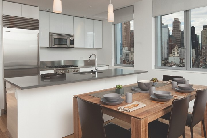 Hell S Kitchen Luxury Apartments Instrata At Mercedes House