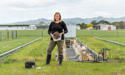 Soil scientist Dr Trish Fraser recognised as a Woman of Influence