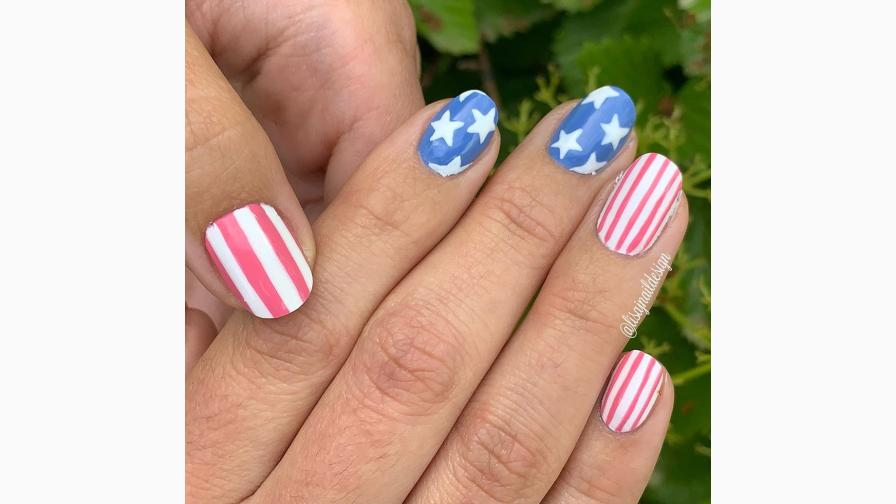 Classic Flag-Themed Nails