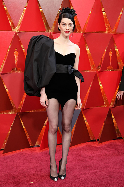 st.-vincent-at-the-oscars-2018-6
