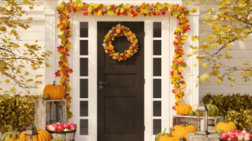 The Cutest Fall Decorations For Your Front Door