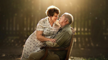 This Photographer Has Elderly Couples Pose Like Newly Engaged Couples