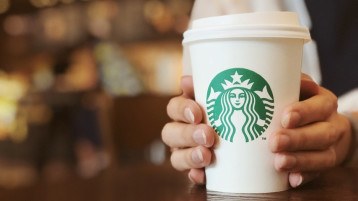 The 8 Best Drinks To Get At Starbucks If You're On A Diet