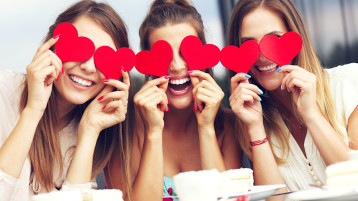 Gifts For Your Single Girl Friends This Galentine's Day