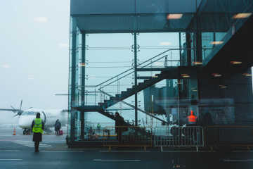 Airplanes at the airport - Denied boarding guide
