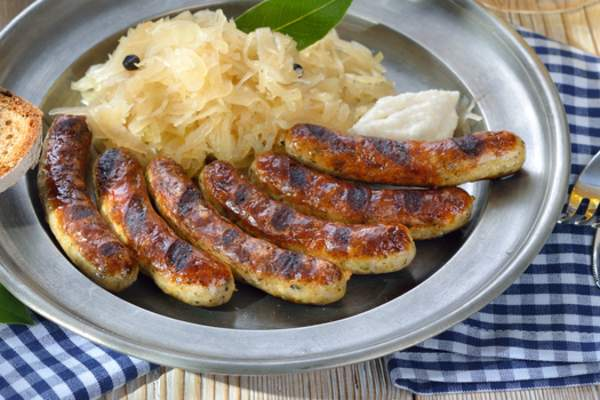 sauerkraut and bratwurst