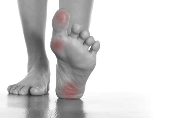Menopausal Women and Foot Pain | HealthCentral