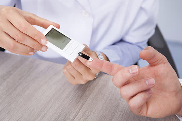 blood glucose check image