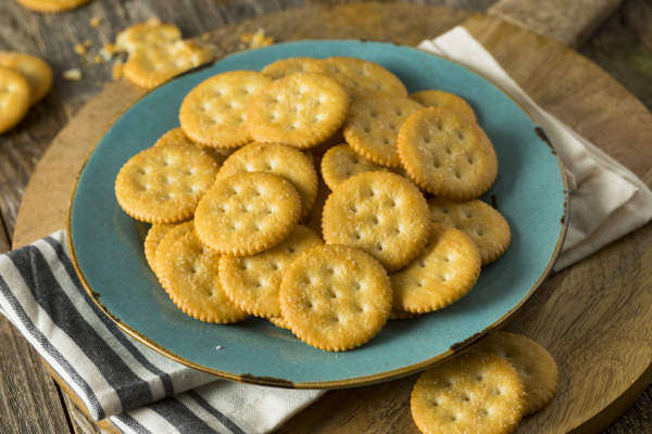 Plate of crackers.