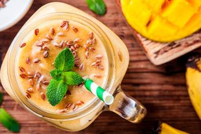 Mango smoothie with flax seed and mint.