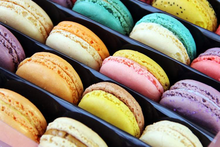 Colorful macaron cookies.