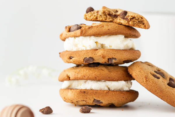 cookies with ice cream