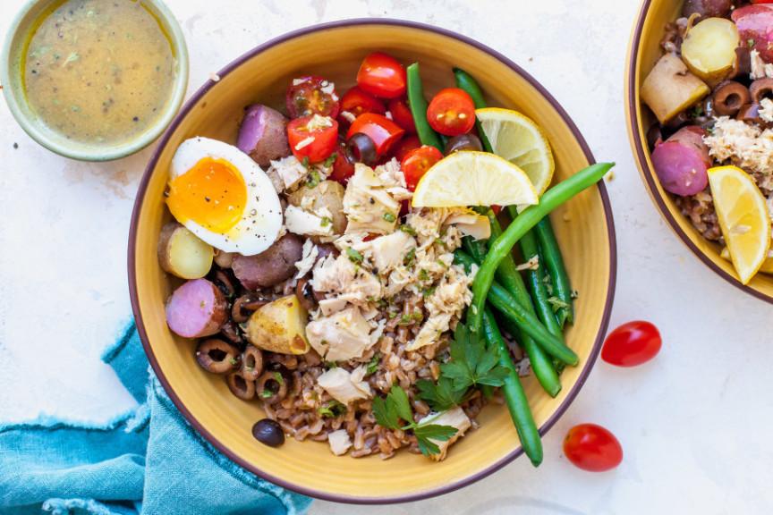 Tuna Niçoise Grain Bowls