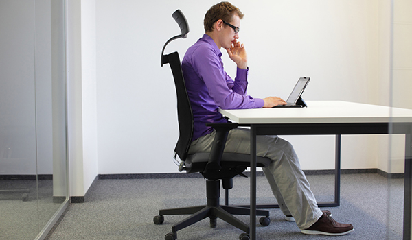 Correct sitting position at desk with tablet