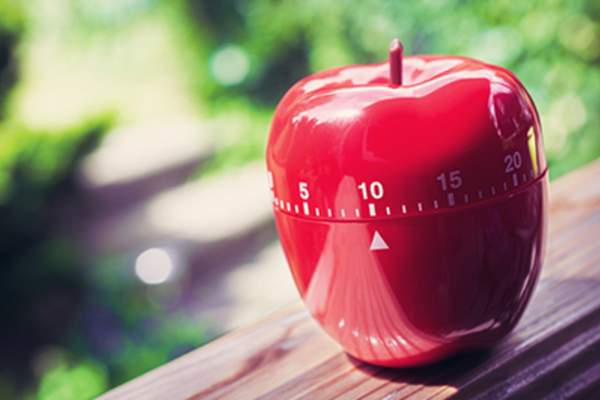 10 Minute Kitchen Egg Timer in Apple Shape