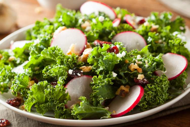Green Leafy Vegetables May Lower Risk of Open-Angle Glaucoma